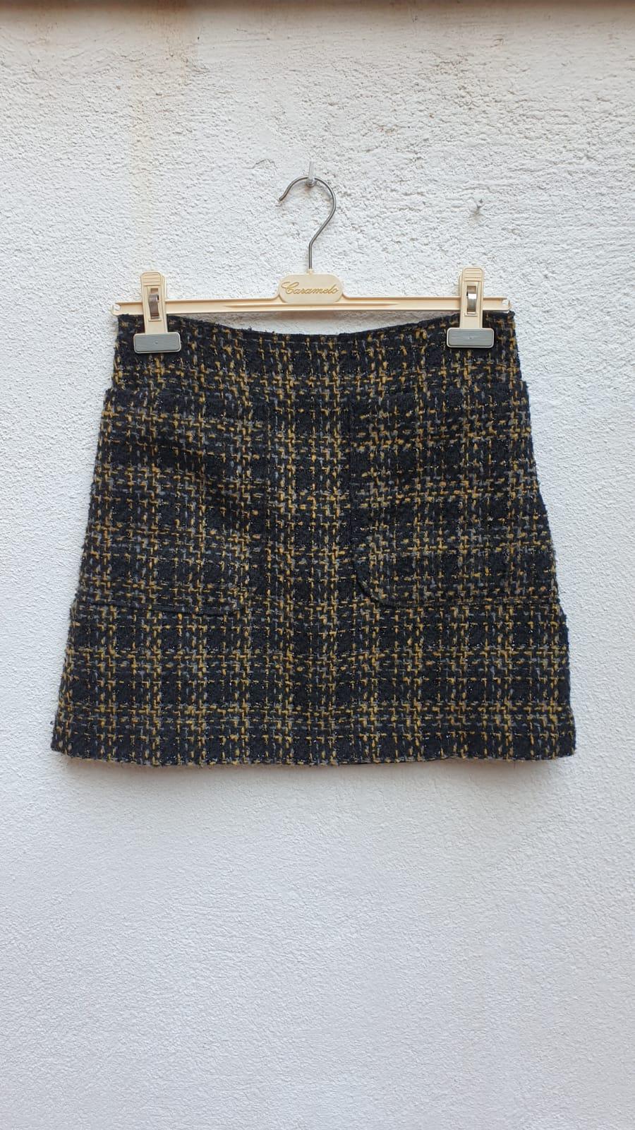 Mini falda tipo chanel image